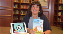 Ward Melville Teacher Pioneers New Reading Resources photo