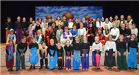 Mount Musical Is a Hit With Audiences photo thumbnail118393